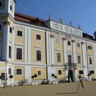 Milotice, zámek